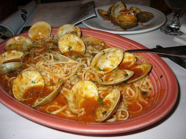 A whole lot of linguine with clams at Fresh Basil's Trattoria