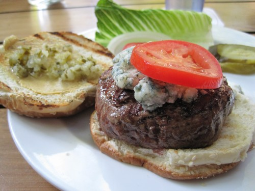 Hamburger with blue cheese at Allen's