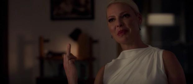 Samantha gives the finger